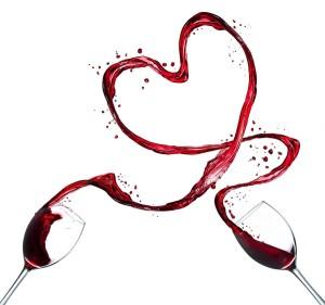 Чаши с червено вино се разливат